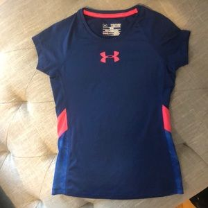 Under Armour Shirts & Tops - (2 for $15) Under Armour Girls short sleeve shirt
